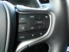 Lexus-UX-17