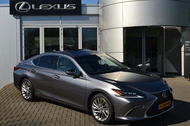 Lexus-ES
