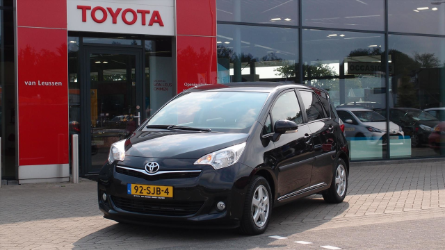 Toyota-Verso-S
